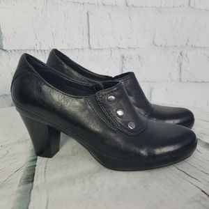 Clarks Artisan Black Leather Heels Ankle Boots
